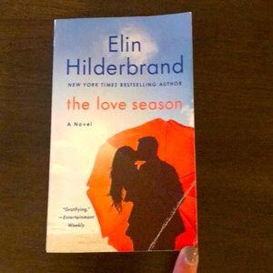 "Elin Hilderbrand book, ""The Love Season"""